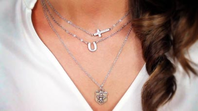 Fashion Fridays: Layering Necklaces