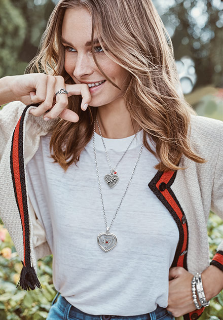 model wearing Fashionista Heart necklace