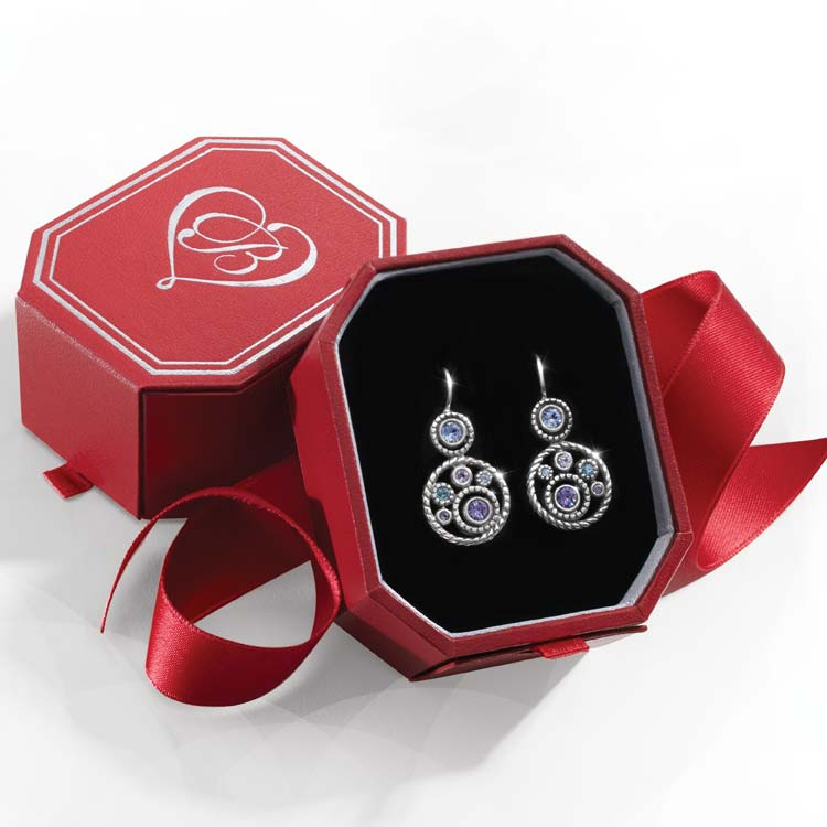 Gem earring in red gift box