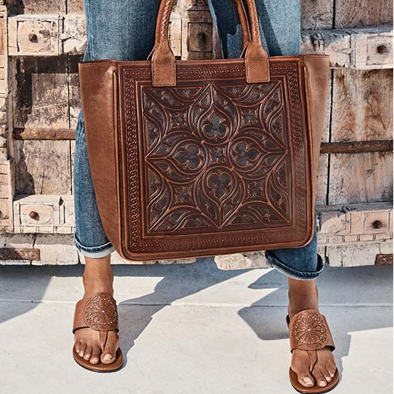 Model with Morella Small Tote And Lucera Laser Wedges Color: Luggage