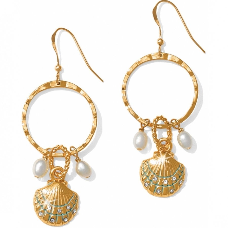 Sears has an elegant collection of earrings to match all your chic outfits. Find diamond earrings to enhance your ensemble with a little sparkle and shine.