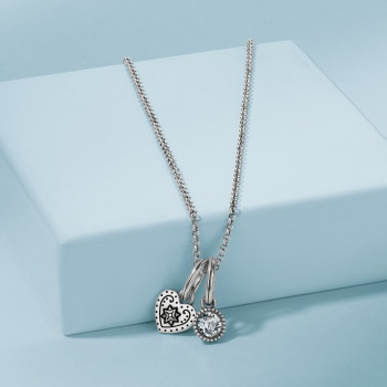 Graceful Heart Amulet Necklace Gift Set