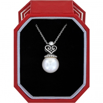 Alcazar Pearl Short Necklace Gift Box