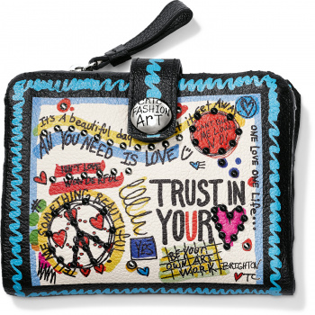 Fashionista Shout It Out Medium Wallet