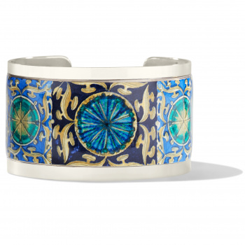 Pop Appeal Medallion Cuff